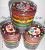 rainbow cake in jar filling coklat ganache