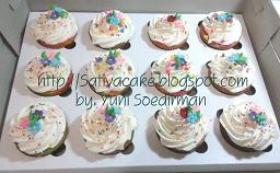 rainbow cup cake bu sabrina