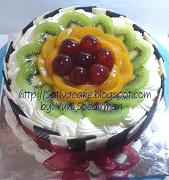 tiramisu fruity cake for mbak erika