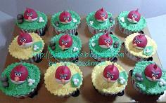 cup cake karakter angry bird pesanan bu dini