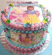 rainbow cake dengan edible foto