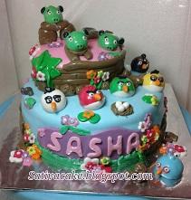 angry bird cake for  pesana pak reza & bu monica