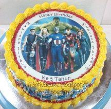 cake ulah Avenger buat Iyas & Baim