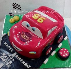 mc queent cake 3D pesanan mbak leni