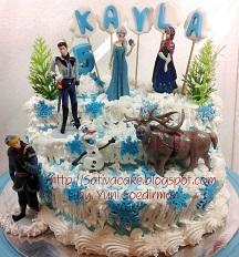 Froezen cake buat Kayla