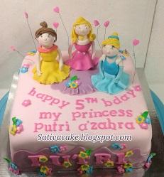 cake ultah princess buat putri