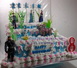 Frozen cake pesanan mbak deni