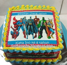 cake ultah superhero for kaka ino