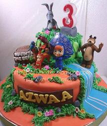 cake ultah masha & the bear buat Aswaa