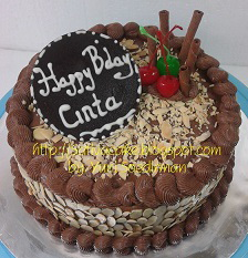 Mocca nougat cake pesanan mbak isma