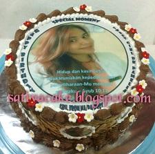 mocca nougat cake dengan edible foto