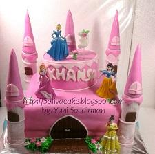 Kastil cake 3D buat Khansa