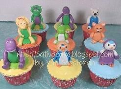 cup cake barney & pororo