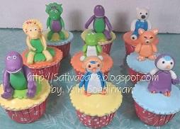 cup cake barney & pororo psanan mba Riyanti