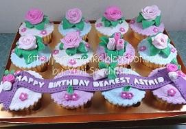 cup cake set tema mawar