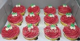 cup cake buttercream merah mba deasy 073926 blog 1